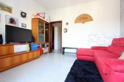 Ampio appartamento con cucina abitabile