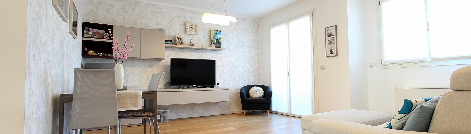 Elegante appartamento all'ultimo piano