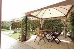 Elegante appartamento con giardino privato